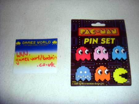 Pac Man Pin Badge Set