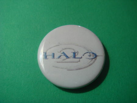 halo 2 logo. Halo 2 Logo Badge 25mm. £0.99. Brand new, safety pin 25mm badge