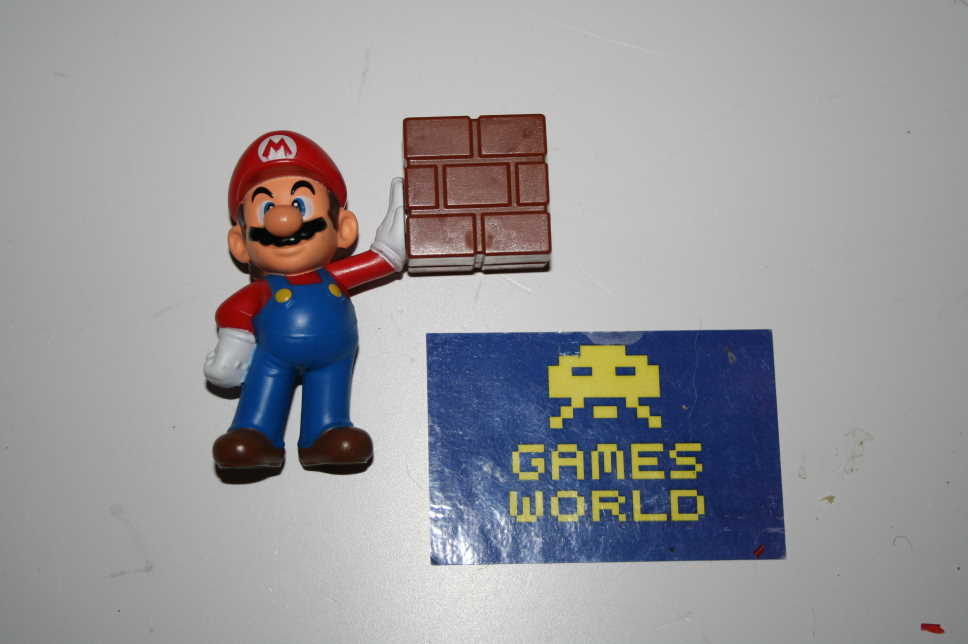 McDonalds: Super Mario with Block Figure