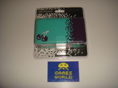 Nintendo DSi: Hard Case Retro Cherry