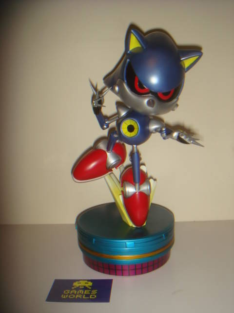 First 4 Figures: Metal Sonic Statue