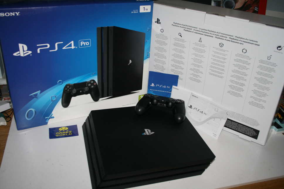 Playstation 4 PS4 Pro 1tb Console