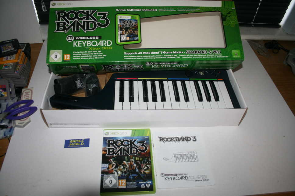 Rock Band 3 + Keyboard Clavier