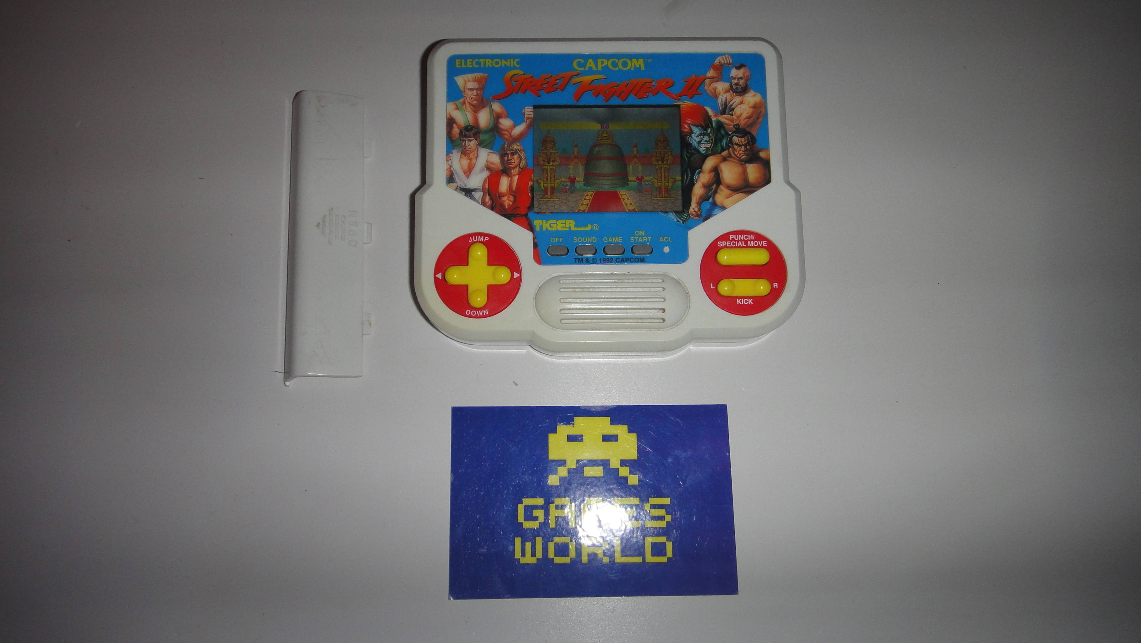 Street Fighter 2 Tiger LCD Game
