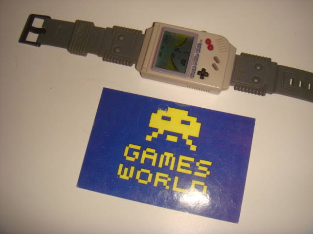 Game & Watch: Super Mario Race Game Boy Wrist Watch