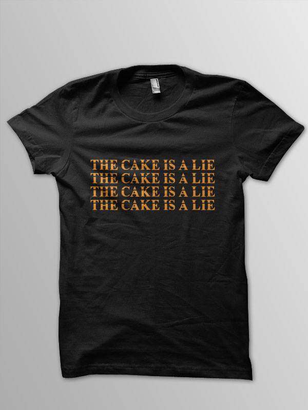 Pixel Pixels: The Cake is a Lie T Shirt