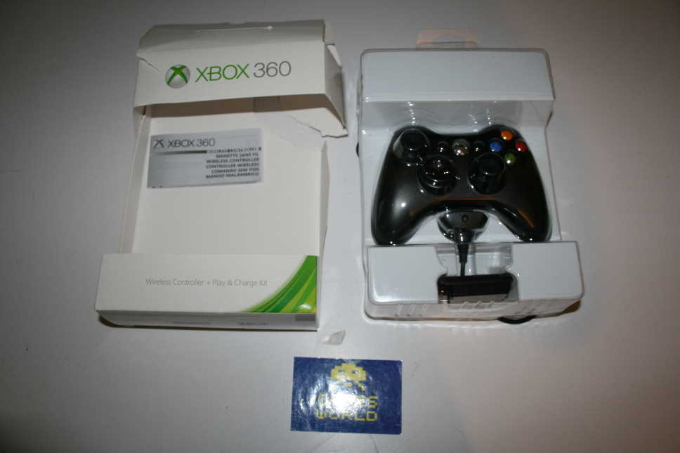 Xbox 360 Official Pad with Play & Charge Kit